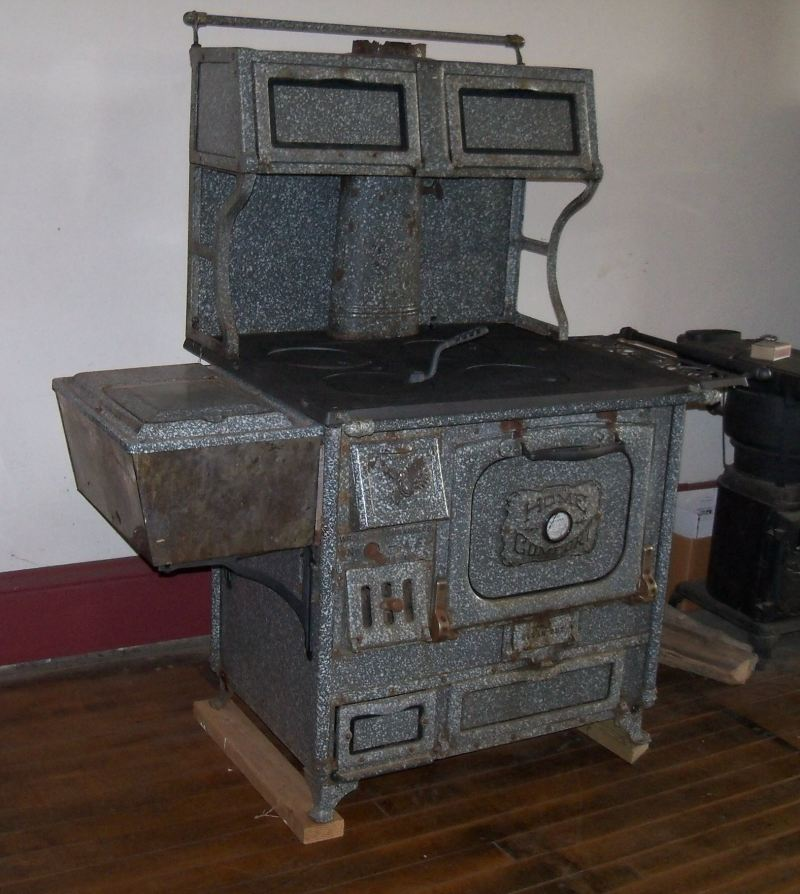 Home Comfort Model AE 1927 - Wood Cook Stoves, Kitchen Queen And Bakers Oven Wood Cook Stoves